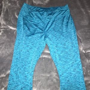 Livi Active Lane Bryant Cropped Active Pants 22/24
